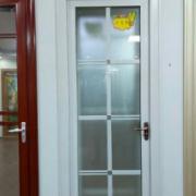 工厂直销 厂家直销 铝合金门窗十大品牌 平开门 卫生间门