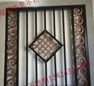 厂家直销 小区施工围墙铁艺护栏 新型安全防护铁艺护栏
