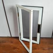 河北厂家精工制做 金钢网纱窗 铝合金边框防盗窗