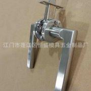 专业生产高档不锈钢304保险卫浴锁 卫生间浴室通道机械房门卫浴锁